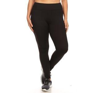 Pants - Plus size yoga leggings 💕coming